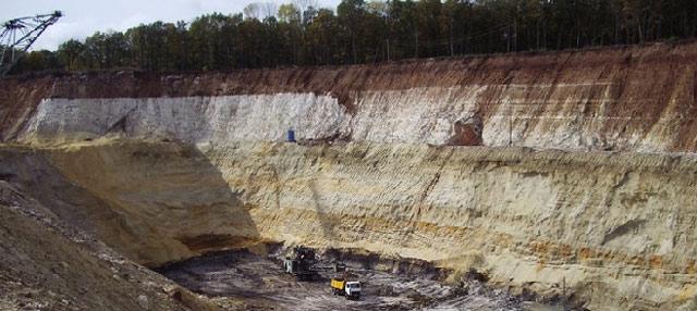 Глиняный карьер фото. Добыча глины