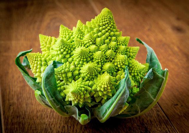 Фото удивительных растений. Капуста романеско