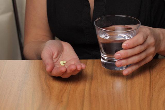 Побочные эффекты и вред организму при приеме лекарств фото